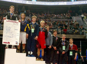 Wrestlers qualify at States