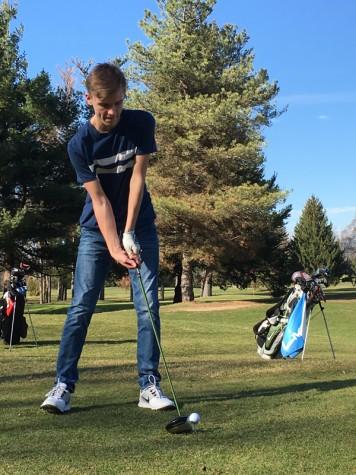 Golf season begins in Chelsea