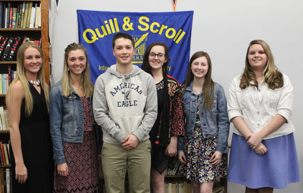 The 2015-2016 Quill and Scroll members.