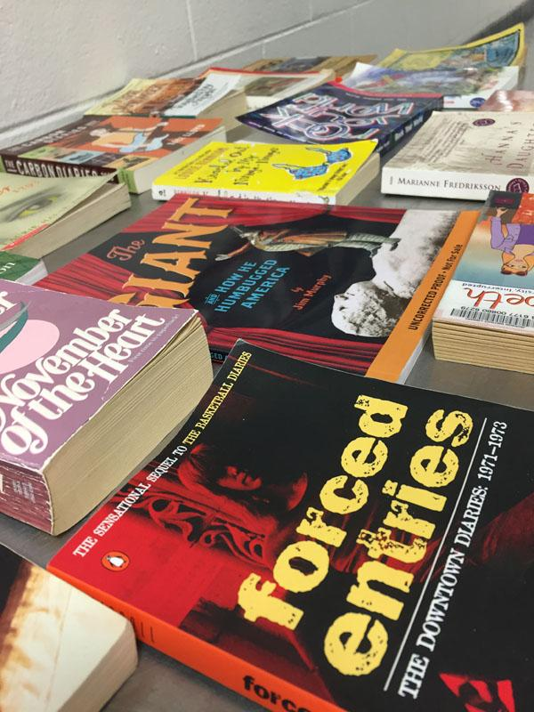 Gift shelf books celebrates reading month