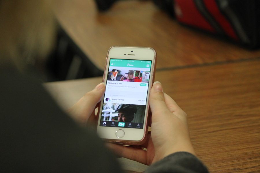 Vine eliminates the option of letting users post