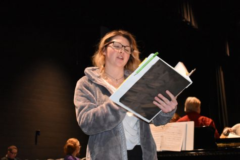 Drama club prepares for fall play