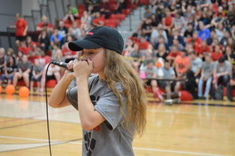 Students take part in homecoming games assembly